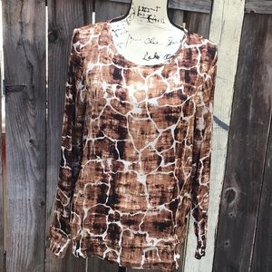 NWT. Brown And White Print Top